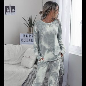 Gray Tie Dye Lounge Top